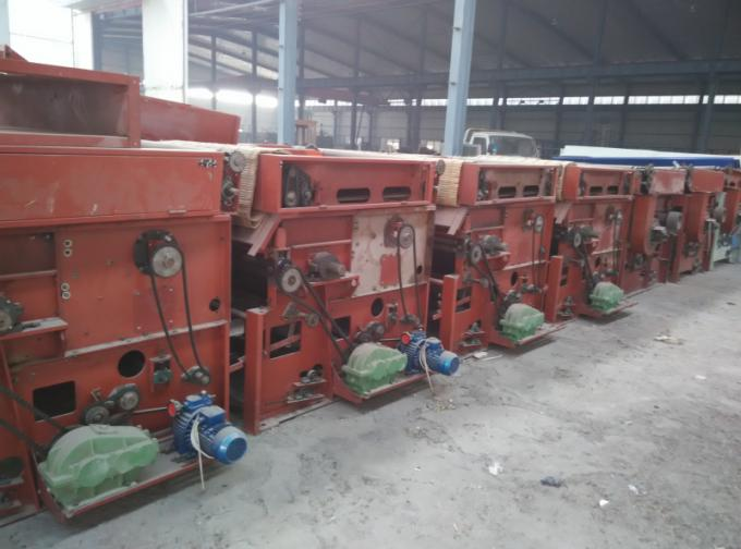 Waste cloth opening machine